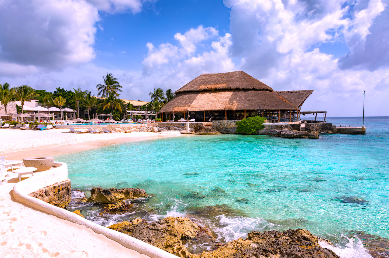 You are currently viewing Cozumel's 3 Hotel Zones: Choosing Where to Stay