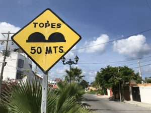 Read more about the article 11 Things Nobody Tells You About Driving a Rental Car in Cozumel