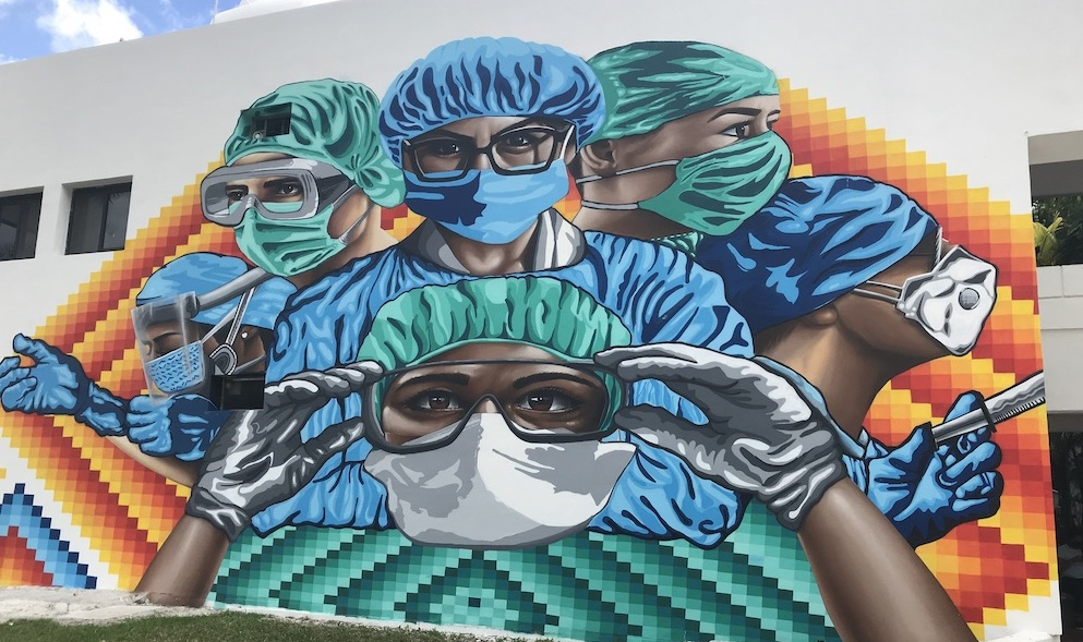 Cozumel city public mural representing front-line medical workers during Covid-19 in 2021
